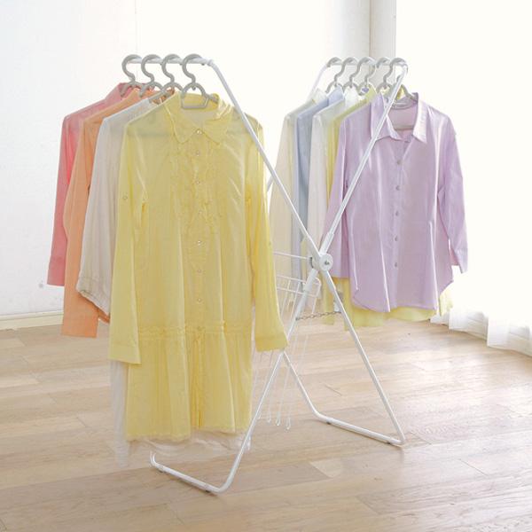 これからの時期必見!洗濯物を部屋干しするときの上手な乾かし方のサムネイル画像