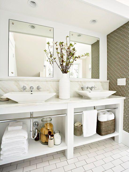 みんなはどうしてる?洗面所下の収納スペースの活用方法まとめのサムネイル画像