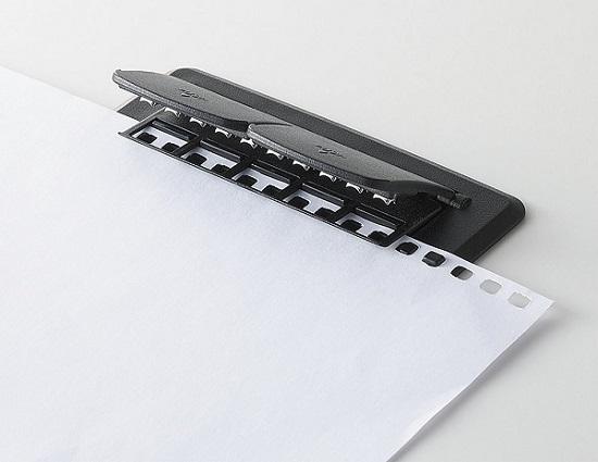 好きな紙に穴あけしてオリジナルルーズリーフを作りませんか?のサムネイル画像