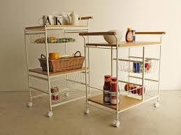 キッチンワゴンを選ぶならナチュラルな木製がオシャレで素敵!のサムネイル画像
