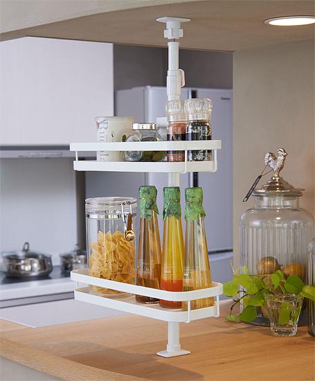 収納に便利で場所をとらない!おすすめ突っ張りキッチンラックのサムネイル画像