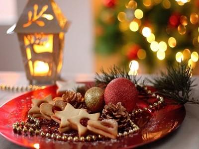 クリスマス気分をお部屋に、パーティをしたくなるグッズをご紹介のサムネイル画像