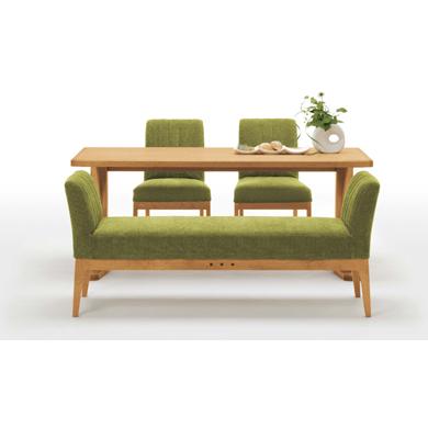 ダイニングにテーブルと椅子のセットを置くならこれがおススメ!のサムネイル画像