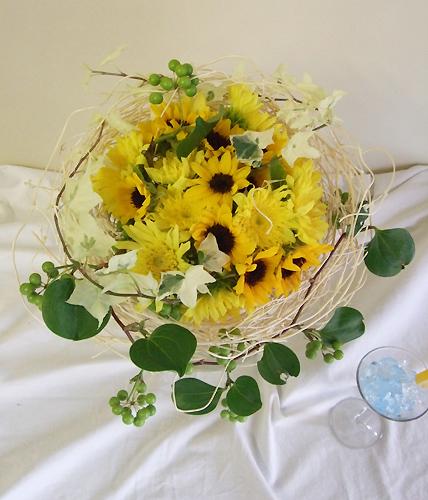 【フラワーアレンジ】おすすめの材料・花器・販売店【お得情報】のサムネイル画像