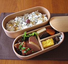 電子レンジで温めることの出来るおしゃれなお弁当箱をご紹介!のサムネイル画像