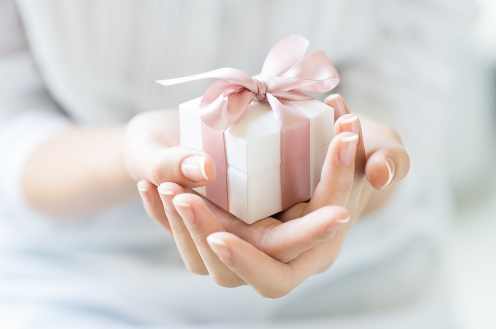 『シーン別贈り物ランキング』あなたの悩みはこれでスッキリ解決!のサムネイル画像