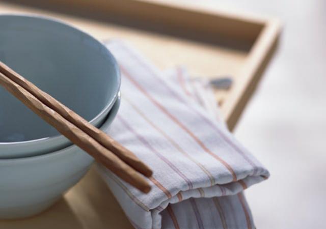 初めて一人暮らしを始める方必見!揃えるべき食器とお勧めブランドのサムネイル画像