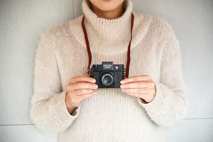 トイカメラHOLGAがデジカメに!かわいいカメラでおしゃれに撮影のサムネイル画像