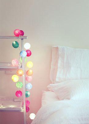 手軽にオシャレな部屋にチェンジ!自作で間接照明を作ってみよう!のサムネイル画像