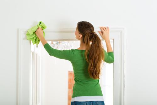 大掃除の季節がやって来た!お家の壁や天井もきれいに掃除しようのサムネイル画像