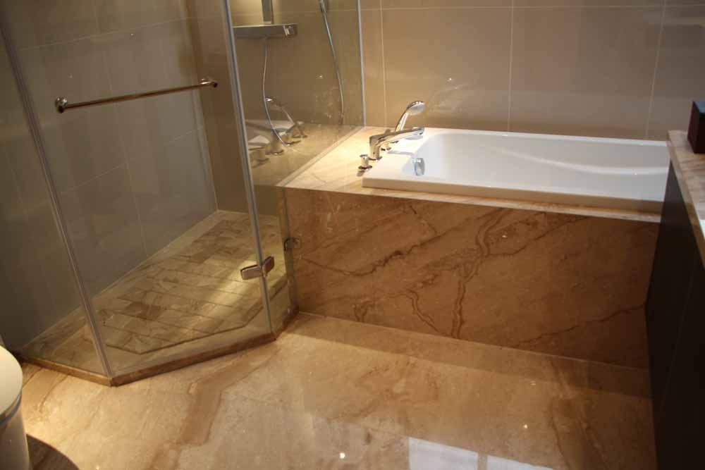 カビ知らずの清潔女子に!風呂場のカビの対処法についてご紹介しますのサムネイル画像