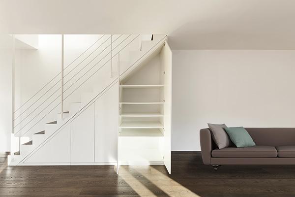 収納上手は知っている?!階段を利用して収納上手になる方法のサムネイル画像