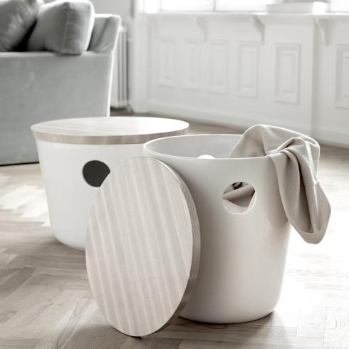 おしゃれで便利!収納椅子【スツール】使わないと勿体無い?のサムネイル画像