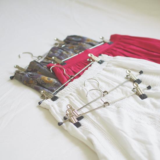 おしゃれな洋服をきれいにすっきり収納しよう【スカート収納編】のサムネイル画像