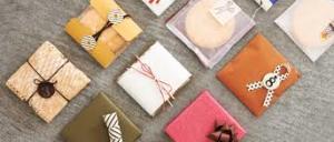 贈り物上手は、包装紙を使ったおしゃれなラッピングが素敵!のサムネイル画像