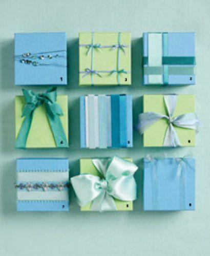 自分で包んで特別な贈り物に♡包装紙を使ったラッピングアイデアのサムネイル画像