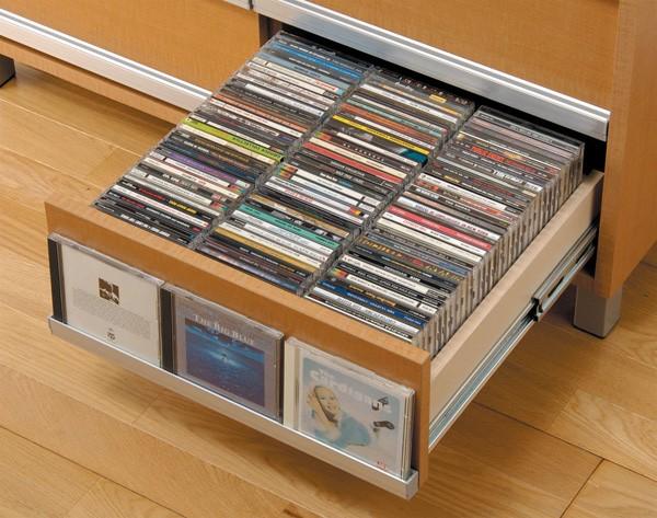 CDの収納は引き出し式が便利!おすすめのアイテムもご紹介しますのサムネイル画像