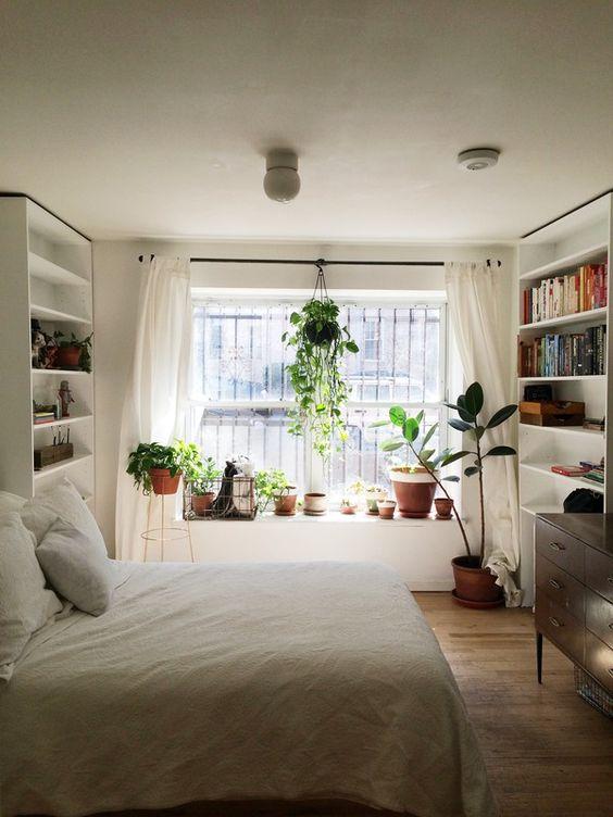 外からの視線を遮りたい!窓をオシャレに目隠ししましょう!のサムネイル画像