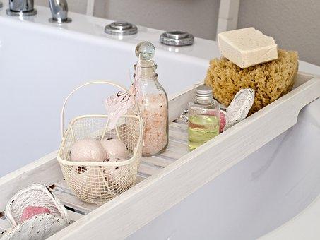 お風呂の嫌な臭いもこれでスッキリ!臭いの原因と解決策まとめのサムネイル画像