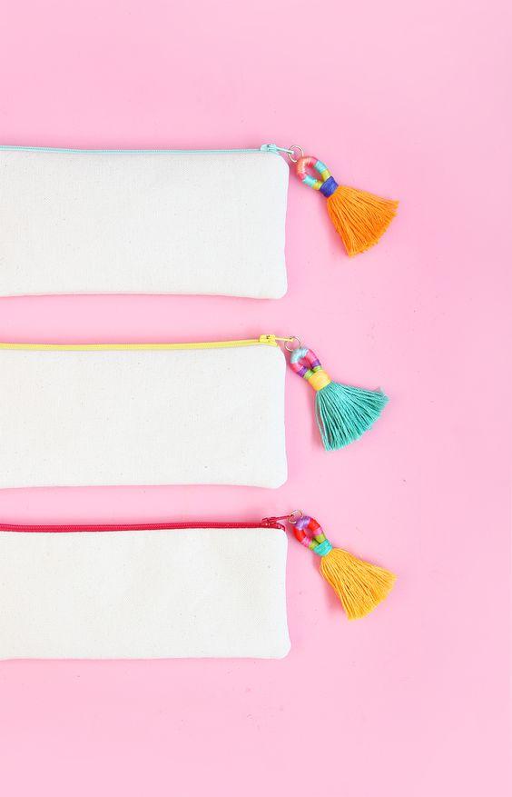 見たら思わず欲しくなる♡大人もハマってしまうかわいい筆箱♡のサムネイル画像