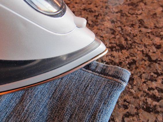 あなたは知っていますか?正しい方法でズボンにアイロンをかけよう!のサムネイル画像