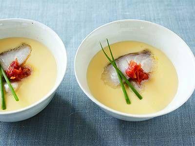 電子レンジで作れる茶碗蒸しの作り方。簡単調理でプロの美味しさに?のサムネイル画像