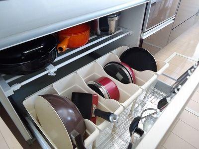 キッチン・台所収納術のアイディアを解説!便利な収納グッズも紹介のサムネイル画像