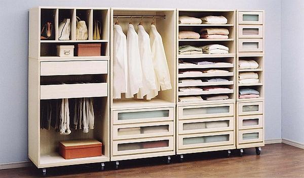 みんなどうしてるの?かさばる衣類をきっちり収納する収納術!のサムネイル画像