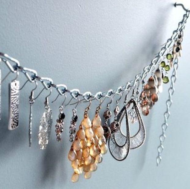 無印・100均からDIYまで総まとめ!おしゃれなイヤリングの収納術のサムネイル画像