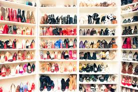 出しっぱなしの靴は運気ダウン。キレイに収納する方法をご紹介しますのサムネイル画像