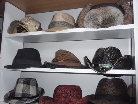 帽子の収納どうしてる?かさばる帽子の収納テクニックをご紹介!のサムネイル画像