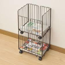 まとめるのが厄介な新聞を収納するなら新聞ストッカーがおススメ!のサムネイル画像