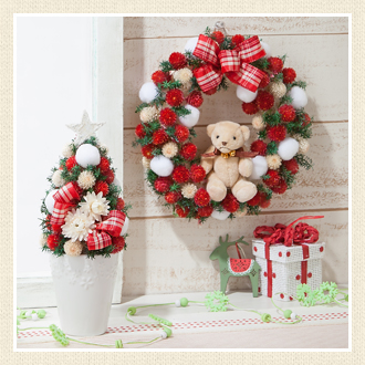 クリスマスを華やかに演出♪飾り付けはツリーとリースで決まり!!のサムネイル画像
