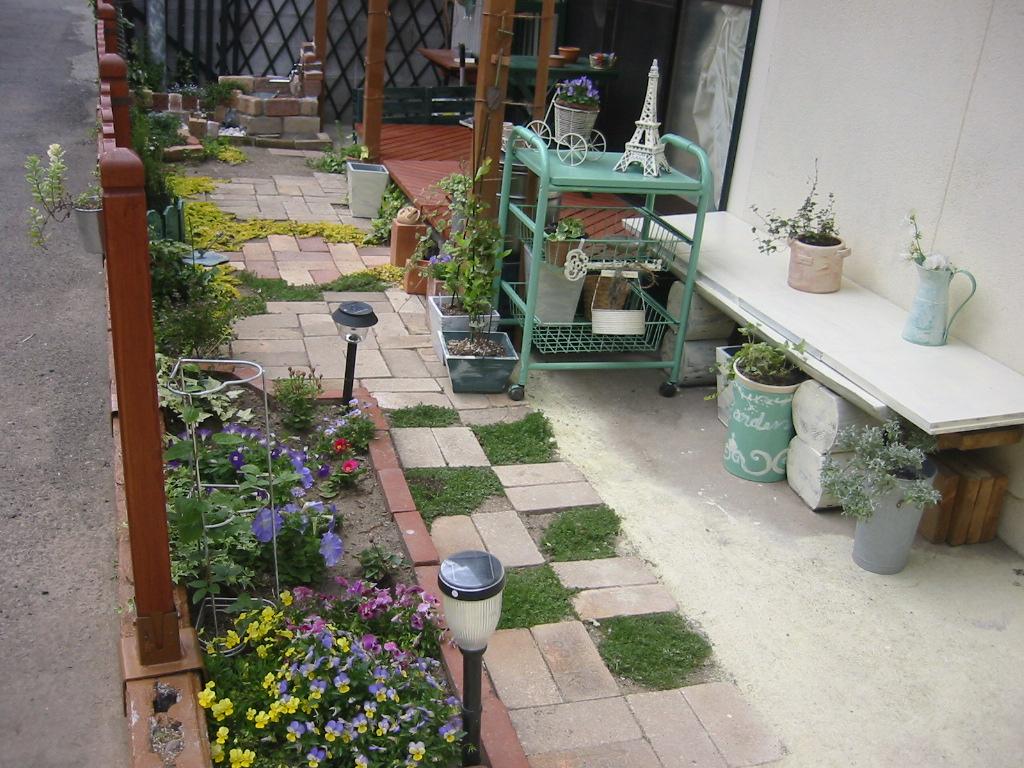 え!?これが手作り?あなたにもできる手作り庭の全貌とは!?のサムネイル画像