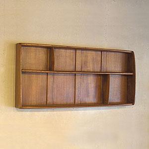 上手に収納しよう!おしゃれな壁掛けの棚の上手な活用術とは?のサムネイル画像