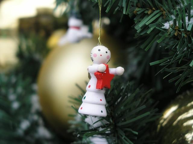 クリスマスツリーを飾ろう!意外と深い飾りの意味や由来も紹介♪のサムネイル画像