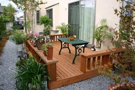 自分で造る素敵な庭!とっても楽しいdiyガーデニングのすすめのサムネイル画像