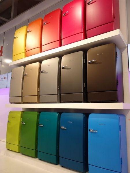 かわいくておしゃれで欲しくなっちゃう!レトロデザインの冷蔵庫のサムネイル画像
