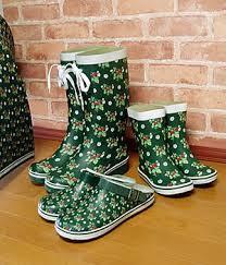 ガーデニング用の靴を履いて汚れを気にせず快適なガーデニングを!のサムネイル画像
