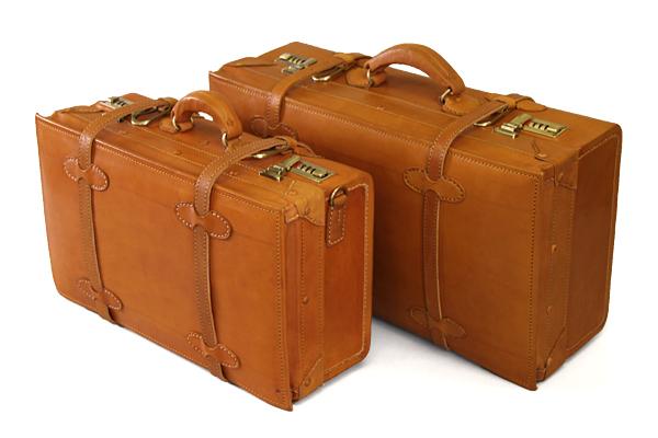 高級感がすごい!旅行で大活躍の、オススメの革のトランクのご紹介!のサムネイル画像