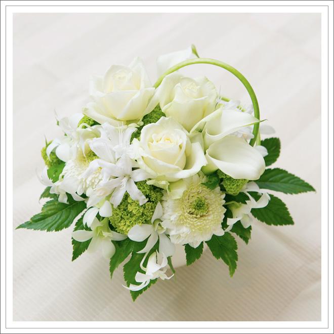 花の力でインテリアを素敵に☆アレンジメントフラワーの作り方☆のサムネイル画像