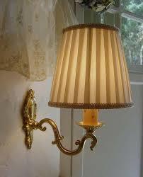 ブラケット照明なら、アンティークのウォールブラケットがおススメ!のサムネイル画像