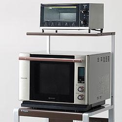 電子レンジを台所で使うのに、ラックを便利に活用しましょう。のサムネイル画像