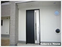この方角にはどんな色がいい?風水で決める玄関ドアリフォーム♪のサムネイル画像