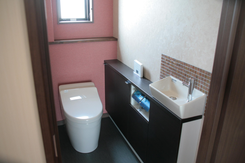 トイレ掃除が嫌いな人必見!トイレの洗浄に関する情報まとめ!のサムネイル画像