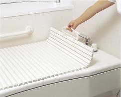 お風呂のふたには種類があった!お風呂の必需品、お風呂のふたまとめのサムネイル画像