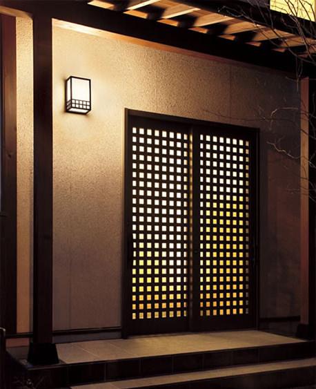 あなたの自宅に合ったライトは?玄関のライトの画像を集めました!のサムネイル画像
