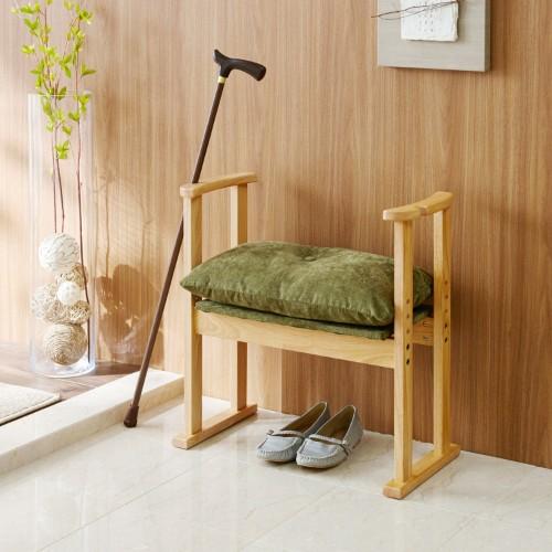 ブーツの着脱時、膝痛、腰痛の方に!あると便利!玄関に丁度いい椅子のサムネイル画像