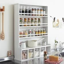 調味料入れをすっきり統一して、おしゃれで使いやすいキッチンに!のサムネイル画像