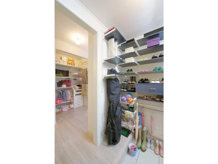 玄関は広々した間取りにすれば、便利で快適な空間にチェンジ☆のサムネイル画像